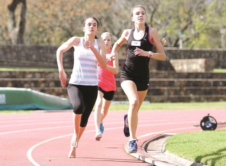 Young ladies racing