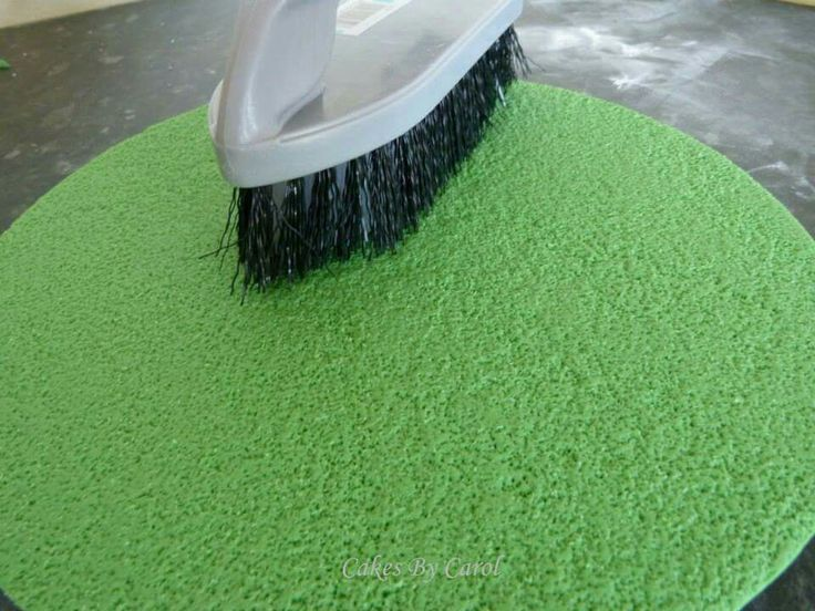 How to get a grass effect: use a normal household scrubbing brush. Also works for sand or teddy bear fur