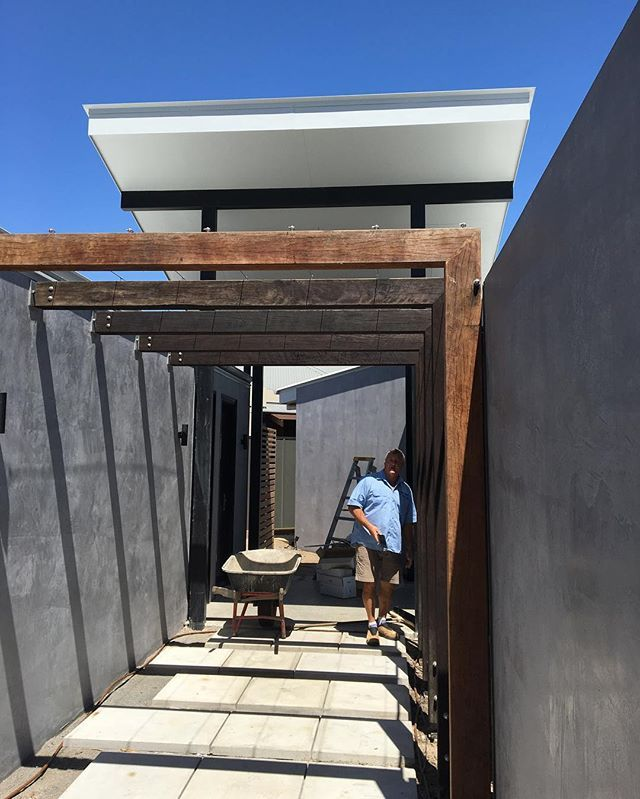 Entry arcade at Leeside built by Gary, vines and zoysia to come #barkarchitects #architecture #underconstruction #noosa