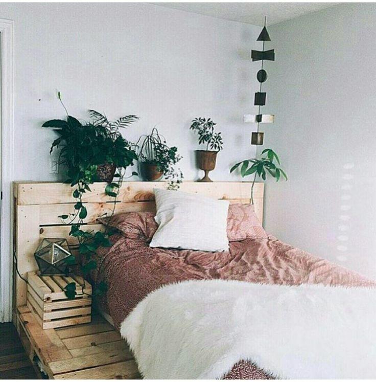 Paletten-Bett
