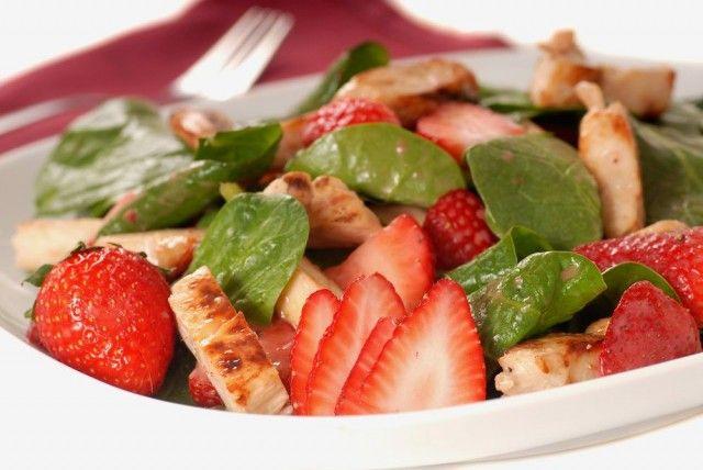 http://www.medemblikactueel.nl/menu-van-de-dag-salade-van-gegrilde-kip-en-aardbeien/