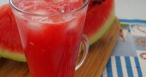 Karpuzlu limonata tarifi  Karpuz suyu tarifi  Karpuzlu içecek nasıl yapılır       Sıcak yaz günlerinde yapılabilecek en güzel içeceklerde...