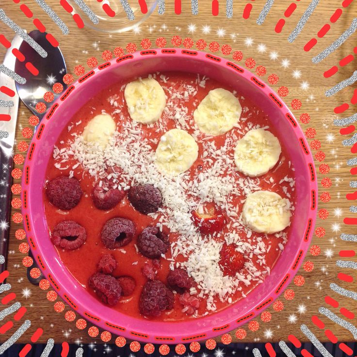 Vegan smoothie bowl. This is literally so delicious