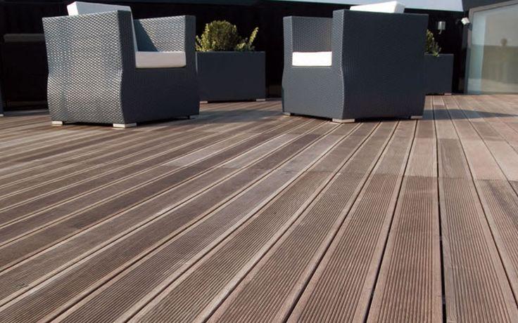 Pavimento de imitación a madera para exteriores