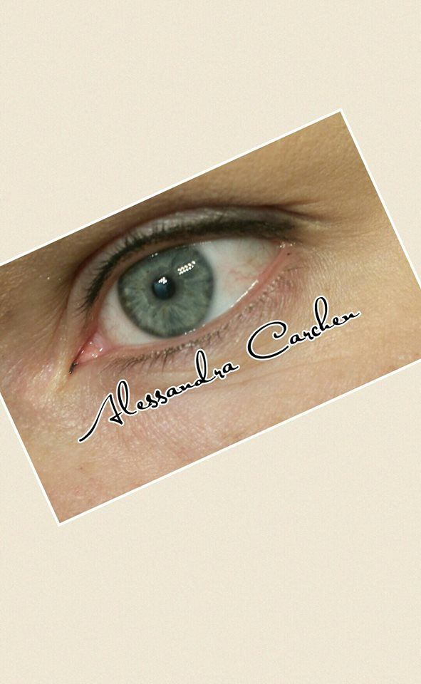 Trucco permanente linea occhi Permanent make up eyes eye liner superiore effetto sfumato naturale