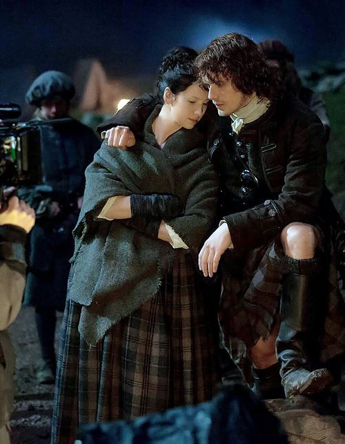 """outlander-news: """"  outlander_starz Cuddle up! It's another cold night in Scotland #BehindTheScenes #Outlander """""""