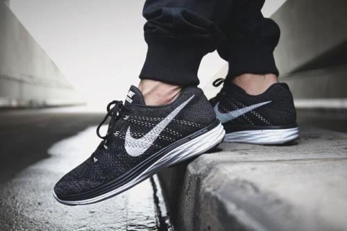 Nike Flyknit Lunar 3 Black Nike Free Run Running Sport Shoes Golf Shoes Sales !! #Nike #GolfShoes