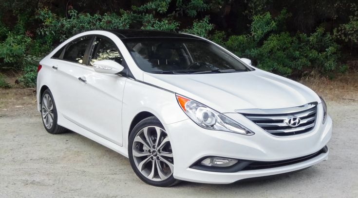 2014 Hyundai Sonata Owners Manual –The several entrances Hyundai Sonata fits five various travelers in light type and more than contains their own with the Honda Accord, Toyota Camry, Chevrolet Malibu, Ford Fusion and also other mid-size sedans. Sonata delivers excellent quality in all of ...