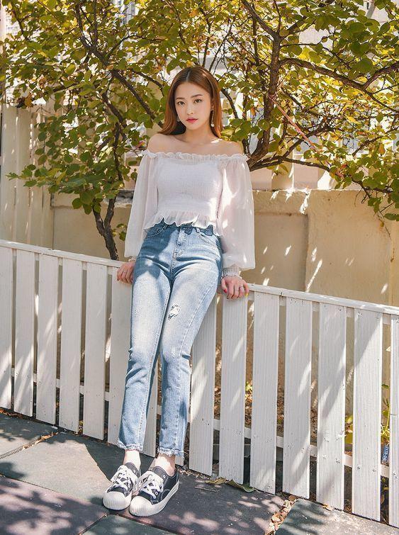 Korean Fashion Aesthetic Outfits Minimal Minimalist Minimalistic Soft Kfashion Ulzzang