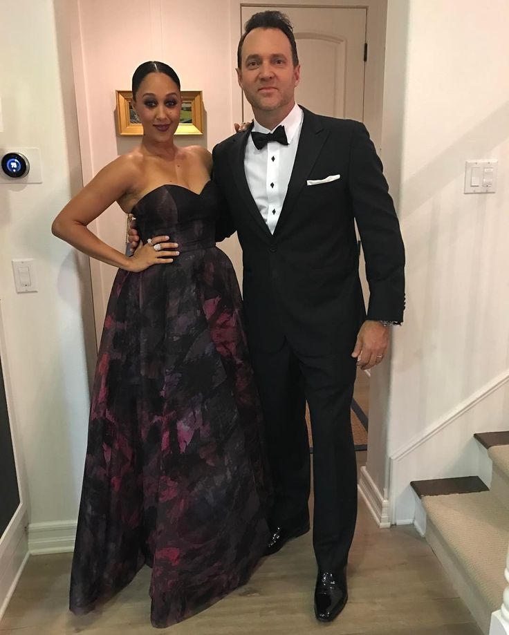 Adam Housley and Tamera Mowry Housley ❤ Gorgeous interracial couple on their way to the Golden Globes #love #wmbw #bwwm #swirl