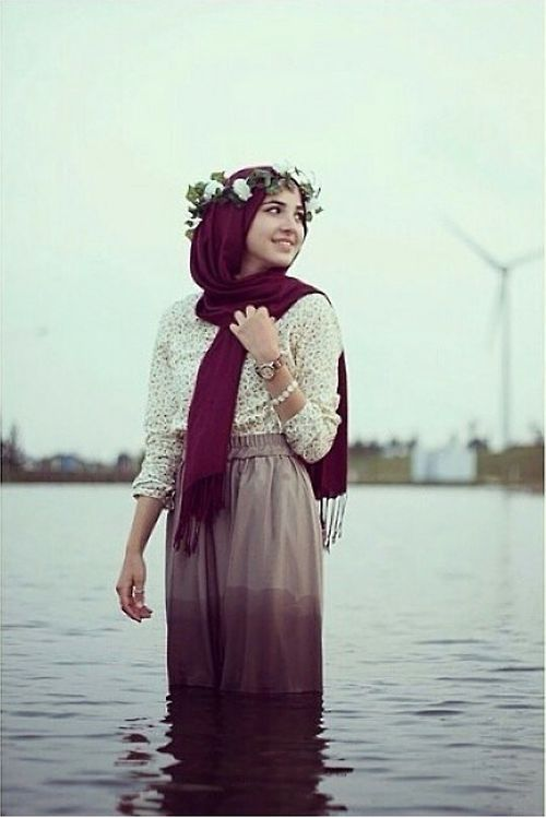 hijab and flowers resmi