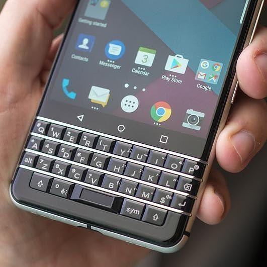 #inst10 #ReGram @latinblackberry: #TheNewBlackBerry #BlackBerry #TCL   #BlackBerryClubs #BlackBerryPhotos #BBer #NewBlackBerry #TCL #2017