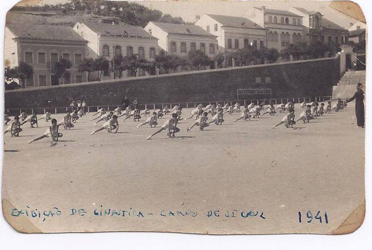 Exibição de Ginástica no Campo de Santa Cruz em 1941.