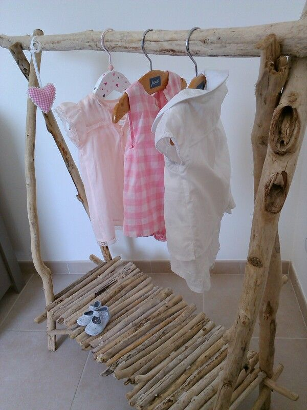 No closet space in your new beach cottage? Some clever user came up with a beautiful way to fix that problem.  Genius!