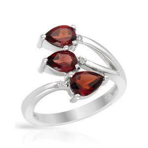 Vivid Gemz Sterling Silver Pear Garnet Ring