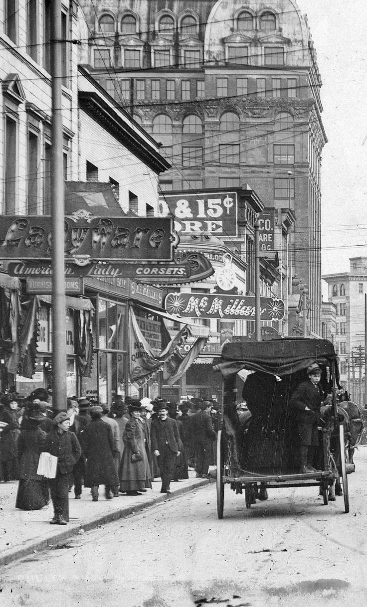 West Hastings, ca. 1910 Hi rez. Source: City of Vancouver Archives #Str P21 (cropped)