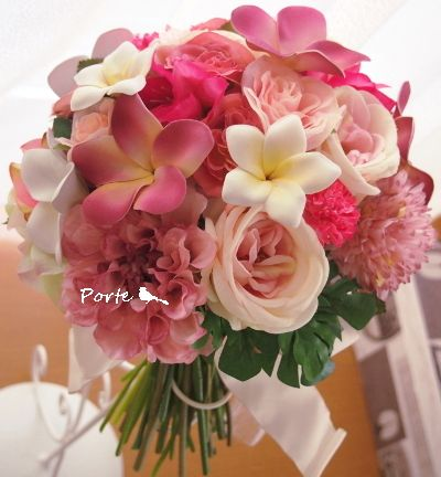 プルメリアとバラの華やかなクラッチブーケ |Wedding Flower・ぽると のブログ