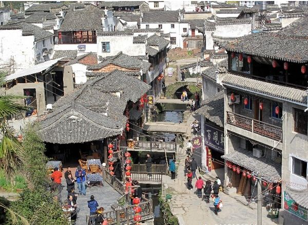 Likeng Village was called Litian fifty years ago. It is located in the township of Wuyuan County in Jiangxi Province. It is famous for the beautiful landscape, profound culture and long history. Many Chinese TV series were shot there. In some literary works Likeng is described as a romantic place where their story happens.  tags: China tours (http://www.chinatour.com)