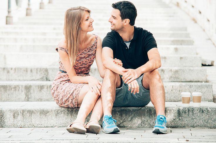 Daniela a Andrej engagement photoshoot in Bratislava. Predsvadobné fotenie v Bratislave.