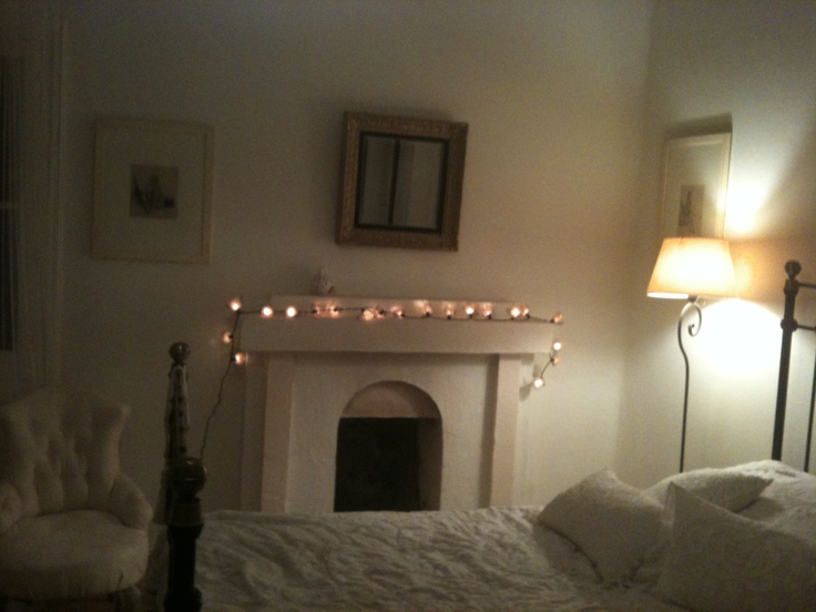 The bedroom.  Photo by Thalia.P.
