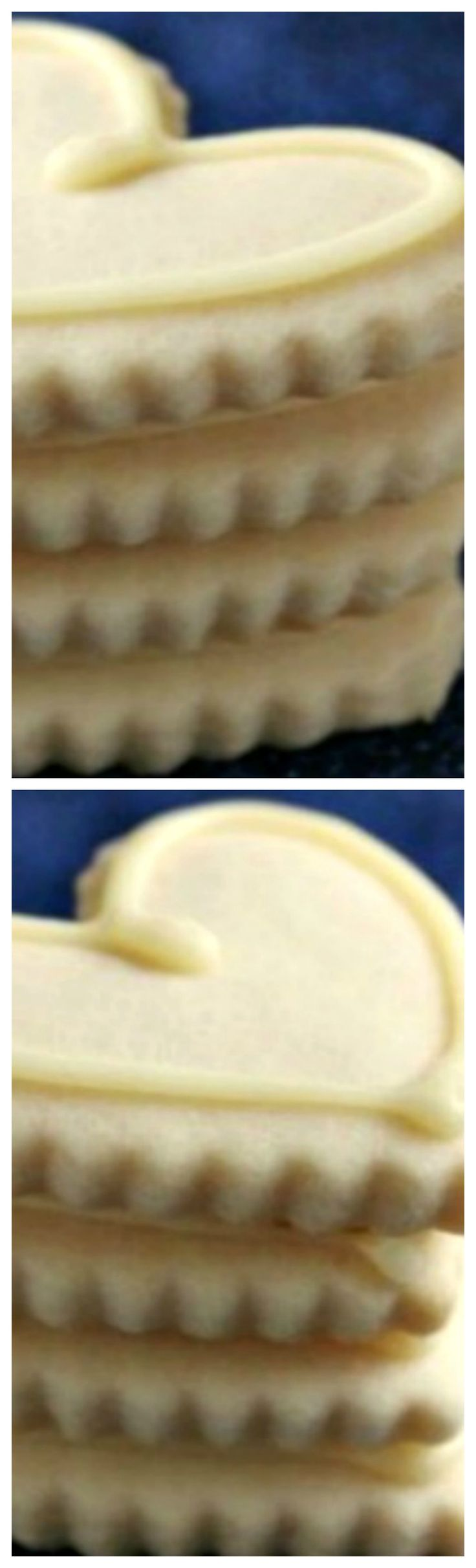Easy Sugar Cookies ~ It holds it shape and doesn't spread, perfect for any shape cookie cutter.... and tastes just WONDERFUL!