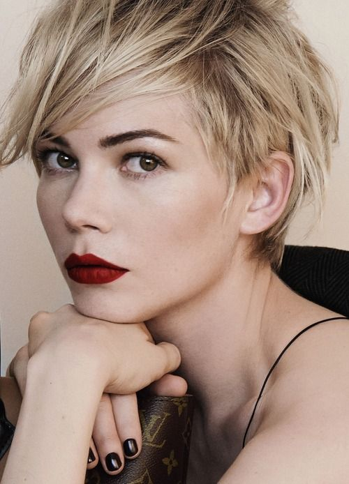 Michelle Williams forLouis VuittonAd Campaign #makeup #lipstick #eyebrows