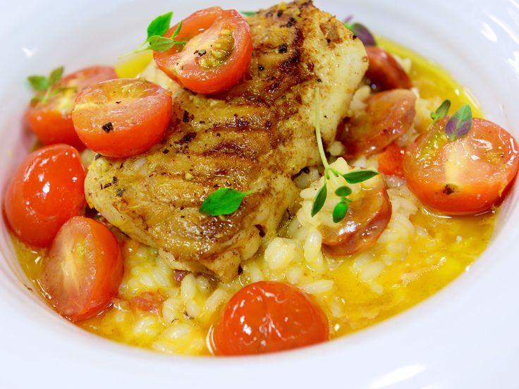 Vitlöksstekt torsk med chorizorisotto | Recept från Köket.se