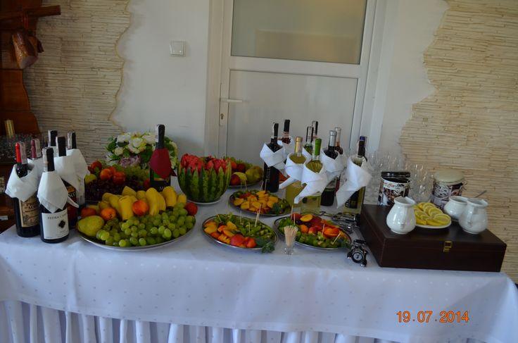 Owocowy stół Pawie Oczko, sala weselna Tylice/Nowe Miasto Lubawskie #wedding planner #pawieoczko #fruits #bar pawieoczko.eu/