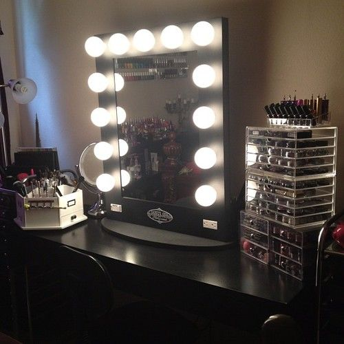 Vanity That Lights Up : vanity.lights.lucite make-up storage. home is where your heart is