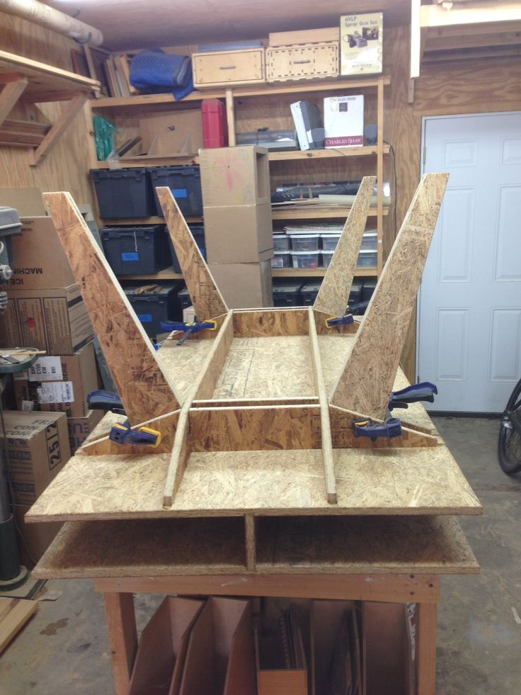 Osb table wood diy osb pinterest m bler tr og k kken for Plywood coffee table diy