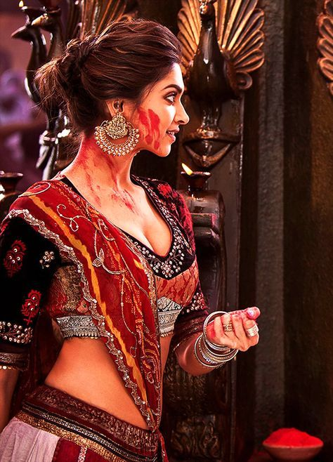 Deepika Padukone in 'Goliyon Ki Raasleela Ram-Leela' (2013).