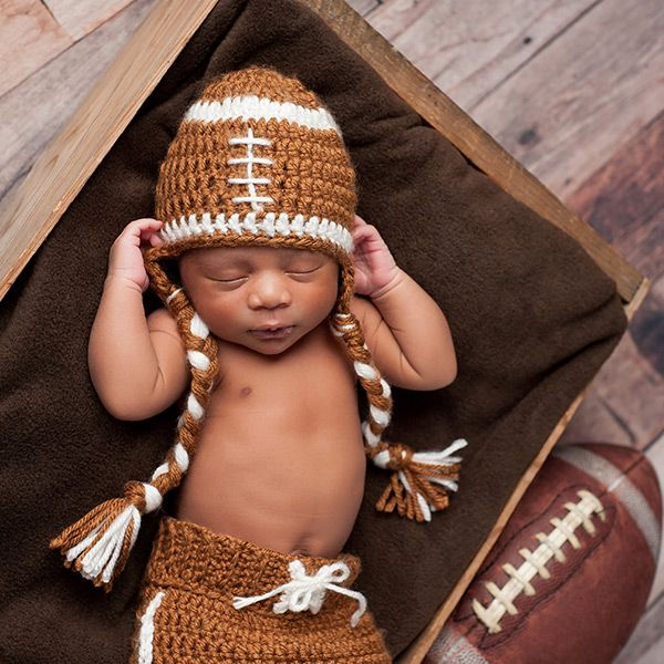Friday Funday - Are you THIS into football season? So adorable! https://multibra.in/xw2sb https://multibra.in/xw2sc https://multibra.in/xw2s9