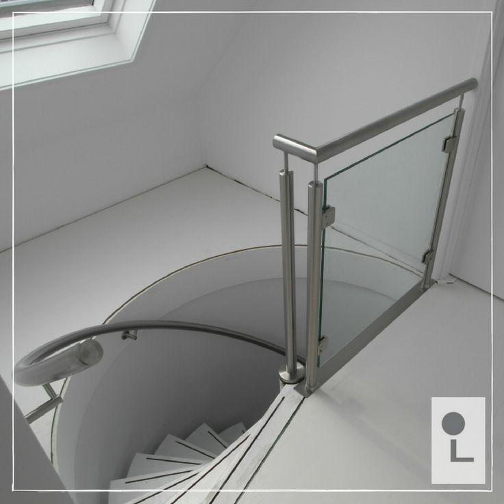 RVS spil trapleuning en balustrade met glas #maatwerk #rvs #balustrade #leuning #lumigrip