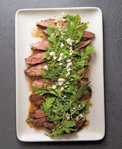 Marinated Flank Steak with Lemony Arugula and Feta Salad #FathersDay