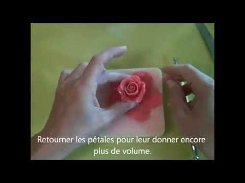 Comment faire une rose en pâte à sucre