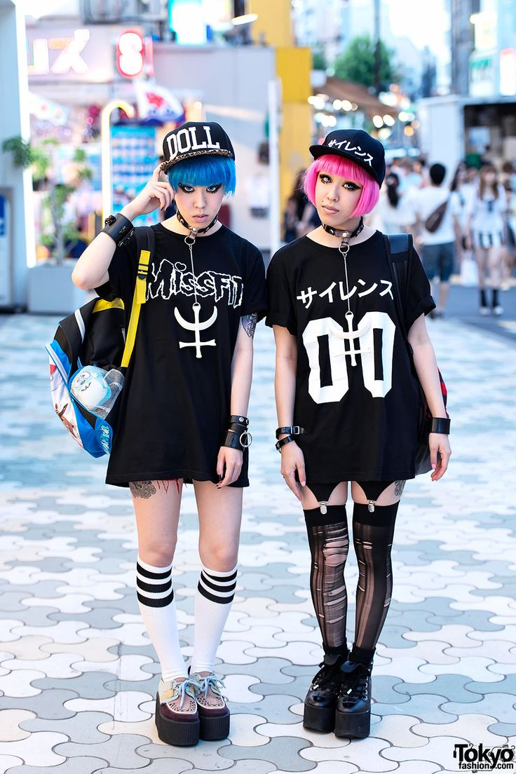 Miho & Maho w/ Pink & Blue Hair, Nikki Lipstick, Revolution Tomorrow & Pokemon in Harajuku Miho and Maho - Harajuku Twins – Tokyo Fashion News: