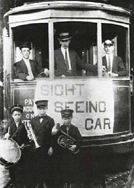 Sightseeing Streetcar, New Orleans, 1910