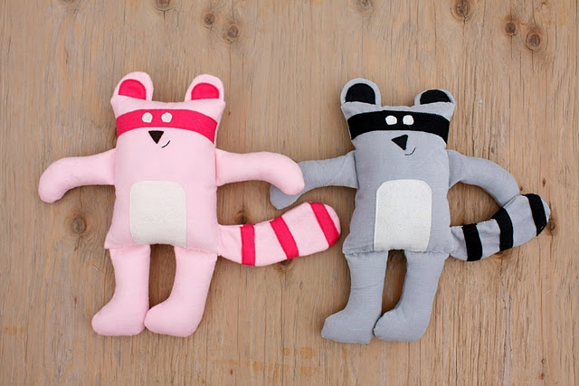 free pattern for pippa and rascal!
