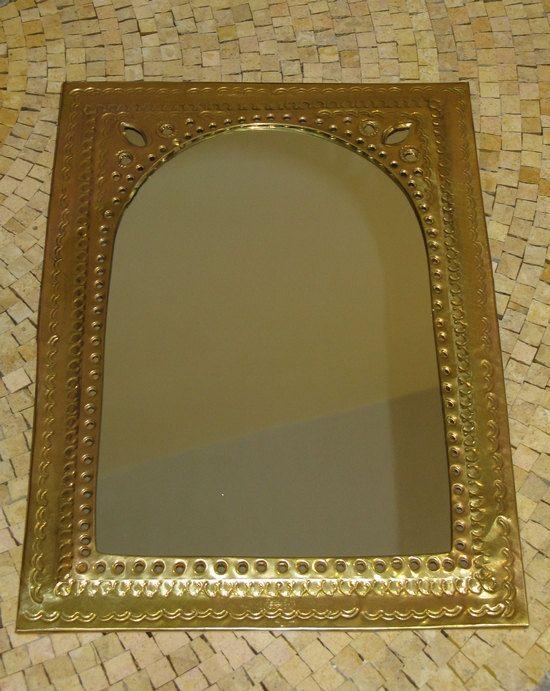 Les 25 meilleures id es de la cat gorie miroir grav sur for Miroir magique au mur