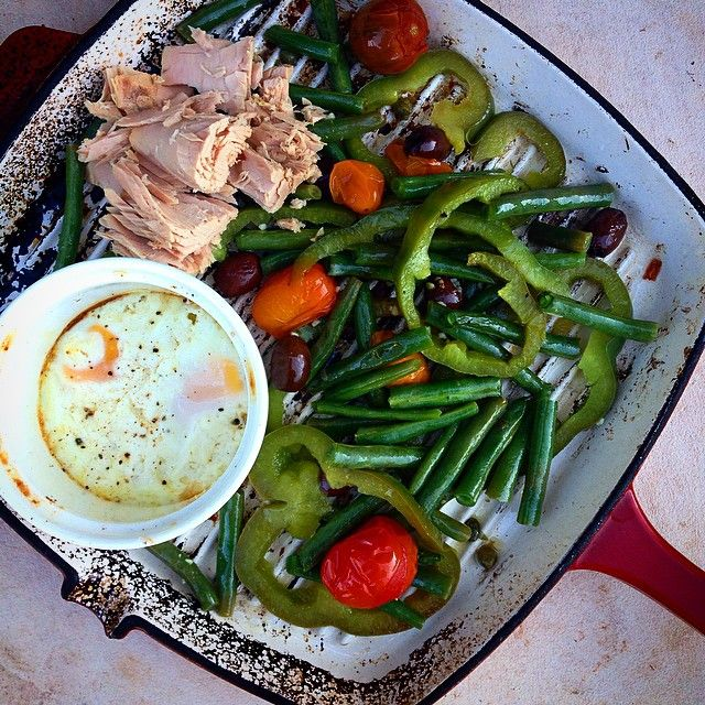 """""""One Pan Hot Nicoise Salad #iqs8wp This is one simple dish to whip up and tastes delicious and fresh! Another #iqs winner. #jerf #realfood #wholefood…"""""""