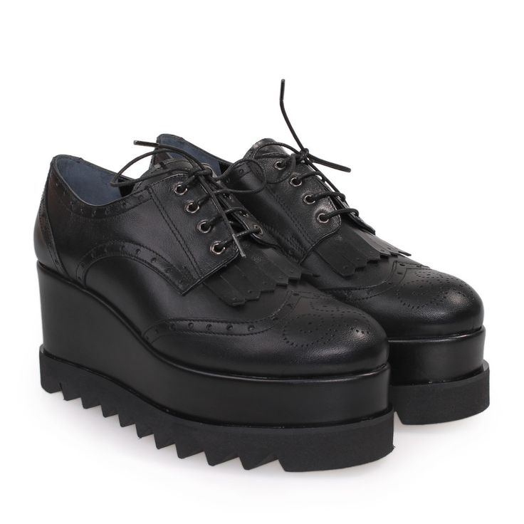 SAGIAKOS Black Leather Oxford Shoes with Laces, Γυναικεία μαύρα δερμάτινα oxford παπούτσια με κορδόνια.