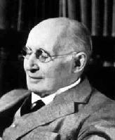 """""""Pensamos en generalidades, pero vivimos en detalles.""""  Alfred North Whitehead"""