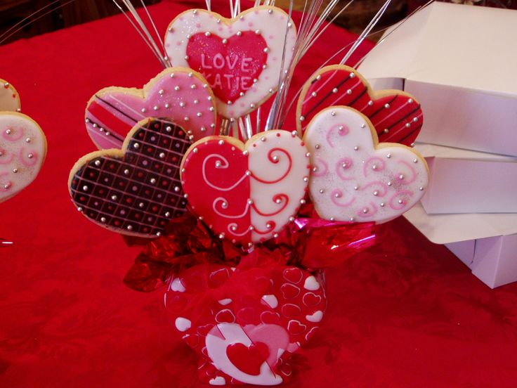 valentine's day cookies bouquet
