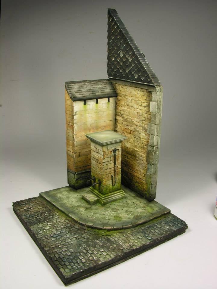 Diorama base