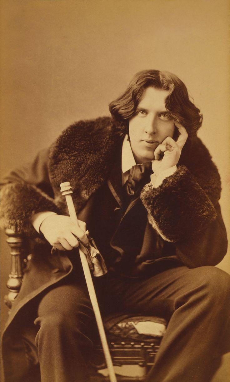 Oscar Wilde portrait by Napoleon Sarony - albumen - Dandy — Wikipédia