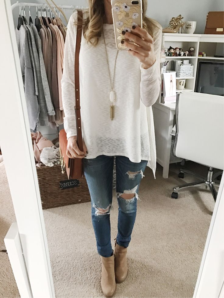 long sleeve tee shirt and jeans casual outfit inspiration