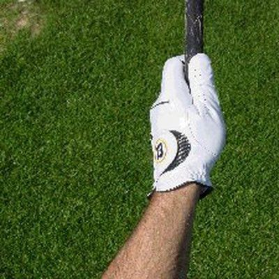 How to Grip Your Golf Club: Thumb Position