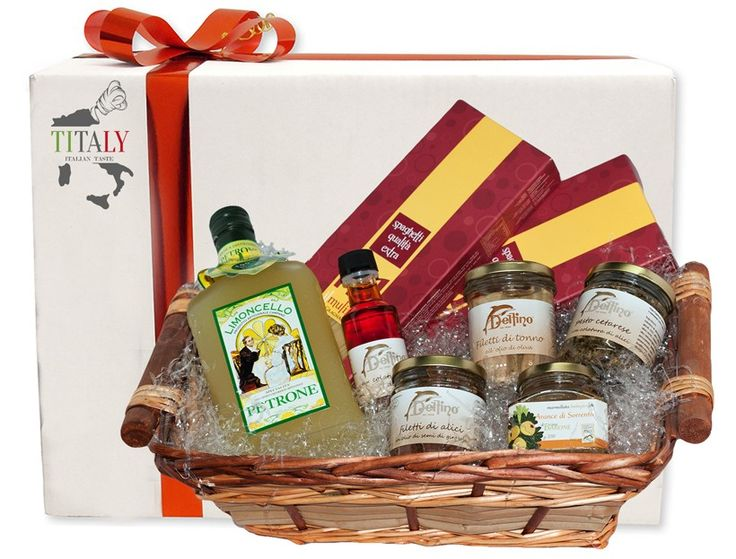 """GIFT BOX """"THE DELIGHTS OF THE COAST"""" 2 packs of 500g Spaghetti Gragnano IGP 1 jar of tuna fillets in extravirgin olive oil 212ml 1 bottle of anchovies sauces by Cetara 100ml 1 jar of anchovies by Cetara in oil 212ml 1 jar of pesto Cetarese with anchovies sauces 212ml 1 jar of Sorrento oranges 280gr 1 bottle of Limoncello di Sorrento 70cl #Titaly"""