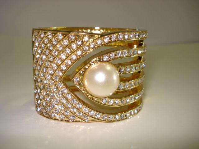 Diamante Gold Pearl - R240