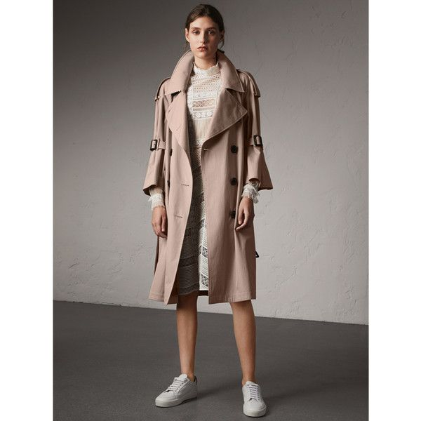 Burberry Flared Sleeve Tropical Gabardine Trench Coat ($2,280) ❤ liked on Polyvore featuring outerwear, coats, weatherproof coat, brown trench coat, oversized coats, flare coat and gabardine trench coat